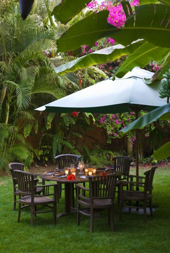 Dinning Table in the Garden at Quinta Christileen, a luxury vacation rental in Punta Mita, Mexico